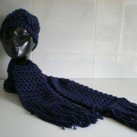 gorro y bufanda azul marino